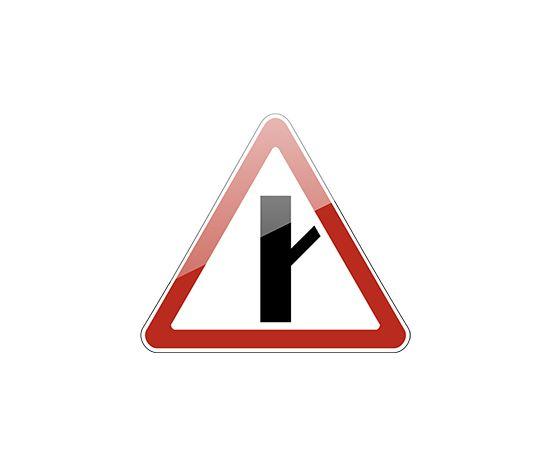 знак дорожный  2.3.4 Примыкание второстепенной дороги, фото 1