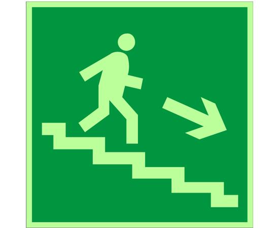 знак Е 13 Направление к эвакуационному выходу по лестнице вниз, фото 1